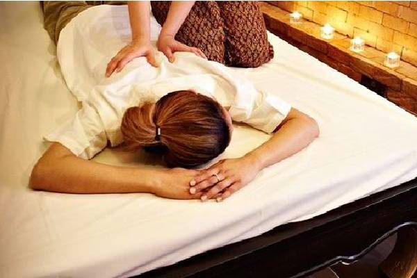 Benefits of Massage while Travelling